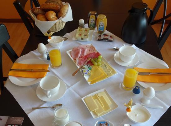 Morbach, Germany: Frühstück