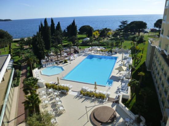 Hotel Laguna Materada: Pool area