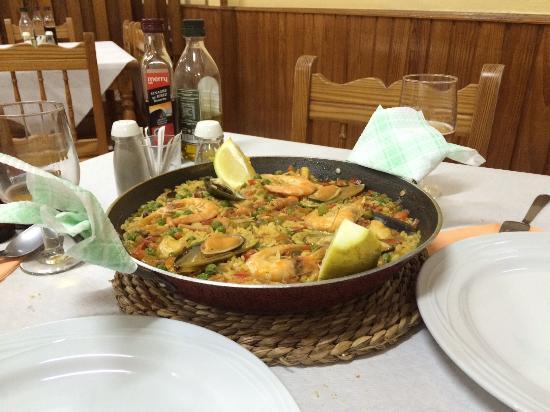 Buenavista del Norte, Spanien: Paella