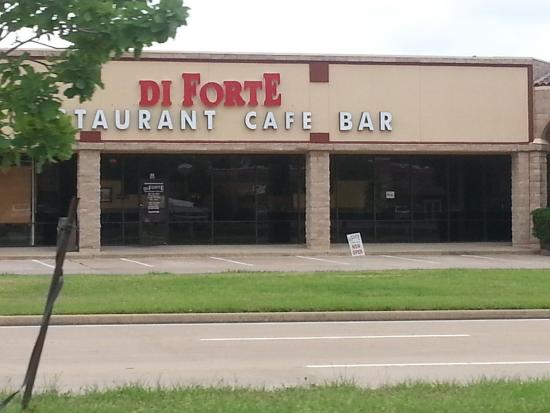 Pantego, TX: Di Forte Restaurant Cafe Bar