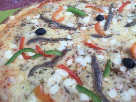 Esperaza, Prancis: Nicoise Pizza