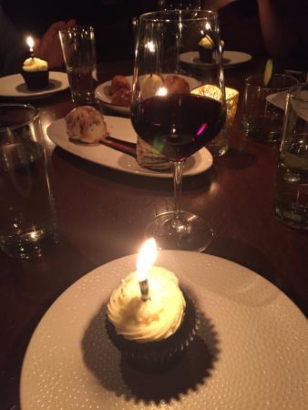 Phenomenal Birthday Cake Picture Of Vandal New York City Tripadvisor Funny Birthday Cards Online Sheoxdamsfinfo
