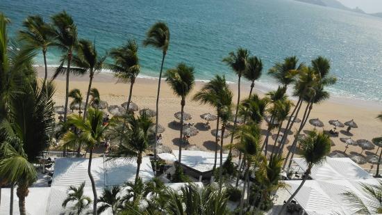 Elcano Hotel: IMG_20160429_161400_large.jpg
