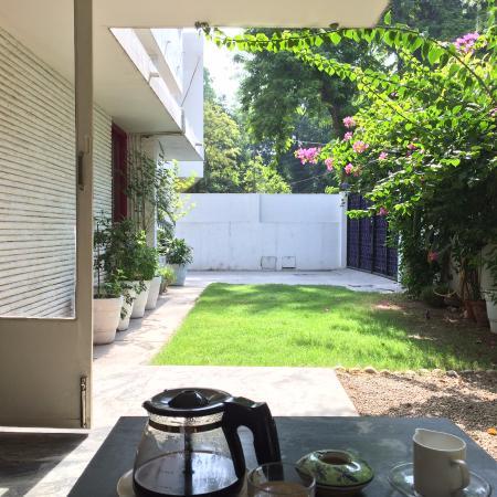 Haveli Hauz Khas : Breakfast Garden