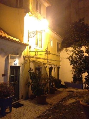 Casa do Patio by Shiadu: Во дворе