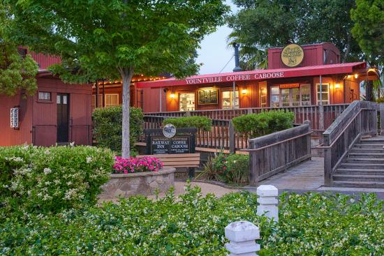 Napa Valley Railway Inn : Located in Downtown Yountville
