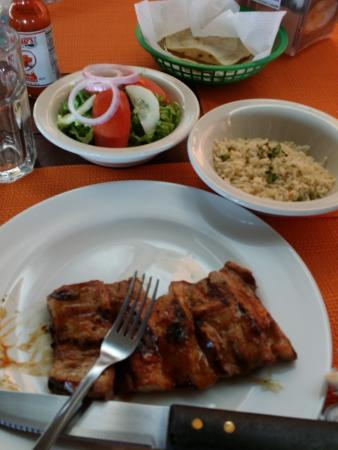 Cafe Raices Bebidas y Fondu: the ribs