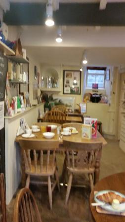 Kettlewell, UK: nice lounge and dining room