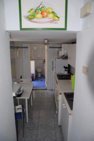 Studio Cuisine Et Salle De Bain En Enfilade Photo De B B La