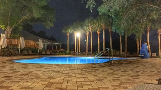 Ponte Vedra Beach, FL: Great pools. Beautiful grounds. Nice beach.