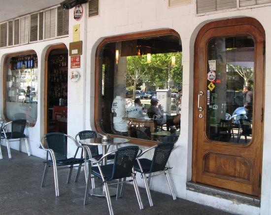 Cornella de Llobregat, Spanien: cozy