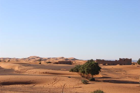 Auberge Ksar Sania: Where Ksar Sania ends, the Sahara begins.