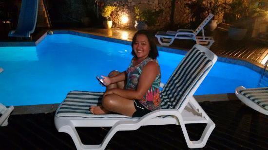 A ilumina o na piscina a noite muito gostosa for Iluminacao na piscina e perigoso