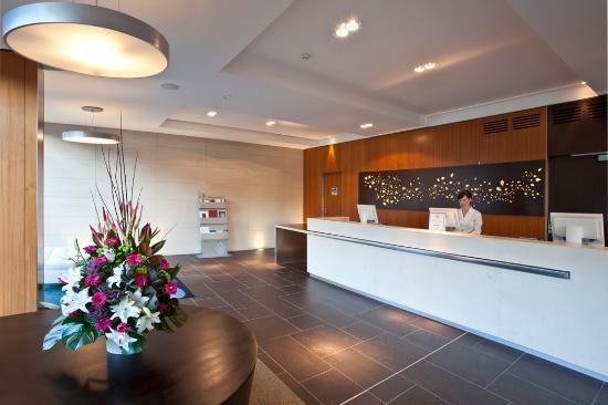 The Gateway Inn: Reception Checkin