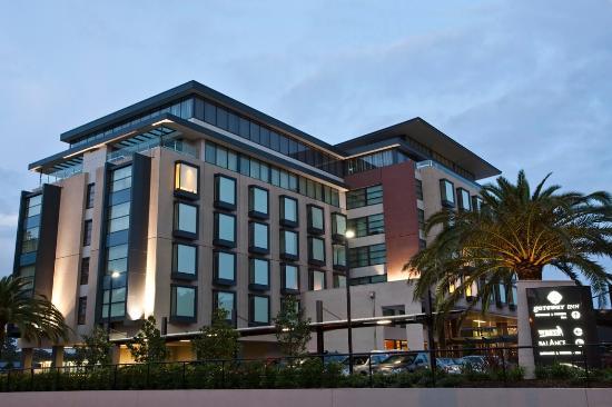 The Gateway Inn: External Hotel - Industrial Drive Mayfield