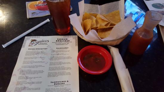 Enfield, CT: Salsa & Chips