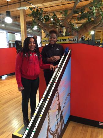 Rocky Mount, Kuzey Carolina: Create a roller coaster...the fastest.