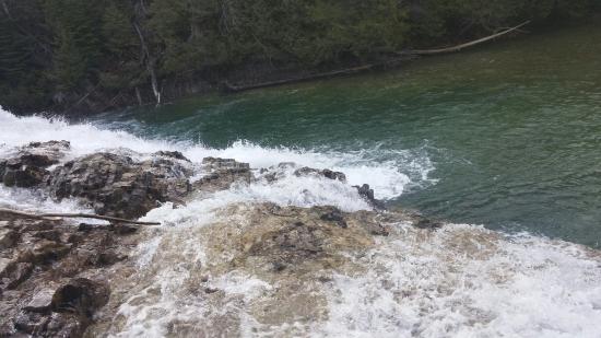 Perce, Canada: Chute de la Rivière-aux-Émeraudes