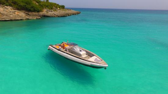 Cupecoy Bay, St Marteen/St. Martin : Beaches St Martin by boat