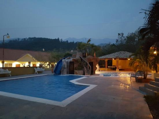 Santa Barbara, Honduras: Hotel Anthony De luxe