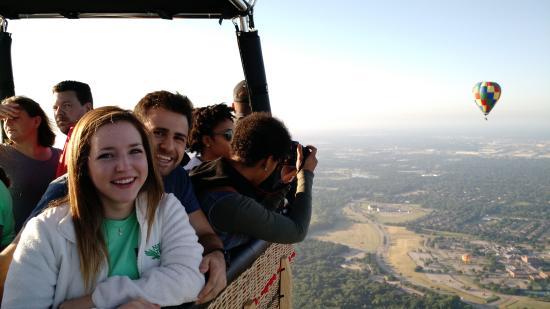 Hot air balloon rides dfw