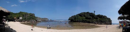 Drini Beach