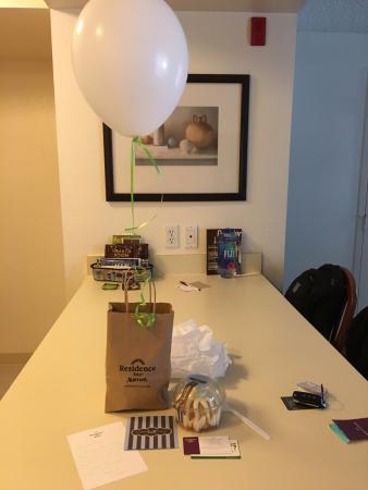 Residence Inn Portland South/Lake Oswego: Gift after staying 30 days