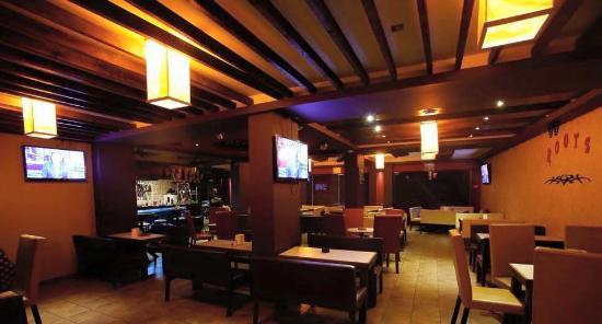 Roots Restaurant & Bar