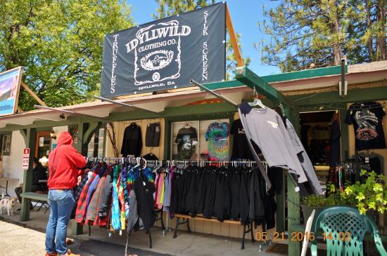 Clothing store @ Idyllwild