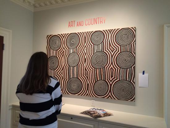 Kluge-Ruhe Aboriginal Art Collection of the University of Virginia: Very beautiful works!