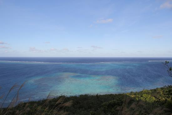 Mai Dive - Astrolabe Reef Resort: The mighty astrolabe reef (from the hill above Mai Dive).