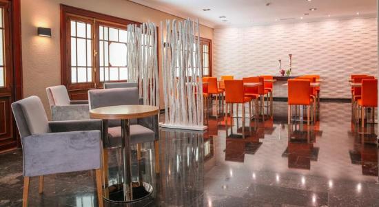 Hotel Serrano: cafeteria