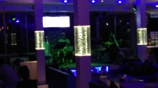 Gaju Suite Hotel: IMAG4170_large.jpg