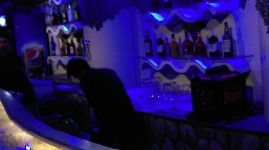 Gaju Suite Hotel: IMAG4153_large.jpg