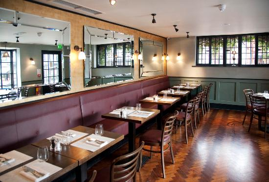 Cote Brasserie - Farnham: Interior