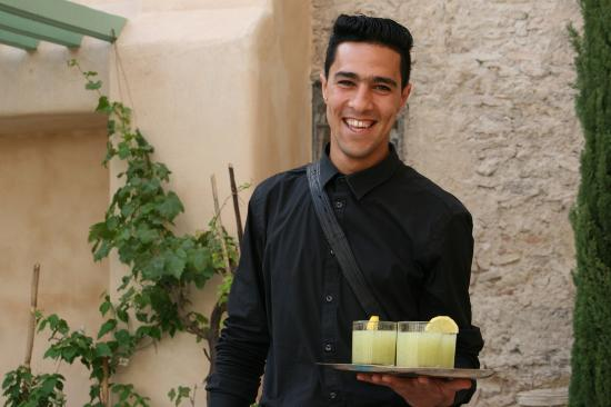 Riad Laaroussa Hotel and Spa: Mint lemonade