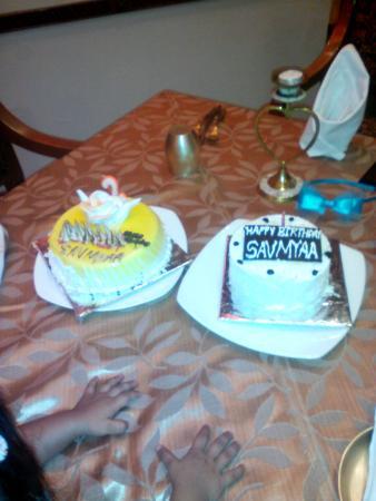 Amazing Saumyaa 2Nd Birthday Cake Picture Of The Ummed Ahmedabad Funny Birthday Cards Online Elaedamsfinfo