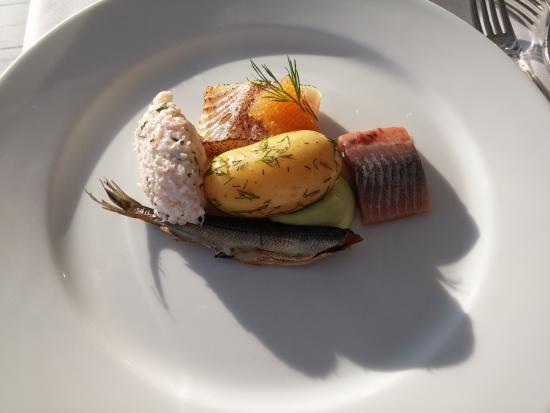 Kulosaaren Casino: Selection of cold fish for starter