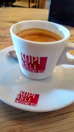 Anomali Coffee Dewi Sri