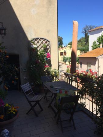 La Casa nel Borgo : Das süße Haus mit herrlichem Garten und Terrasse, ist die perfekte Unterkunft für Toskanareisend