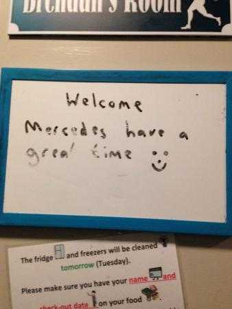 Adventure Queenstown Hostel: Message written outside my door upon arrival.