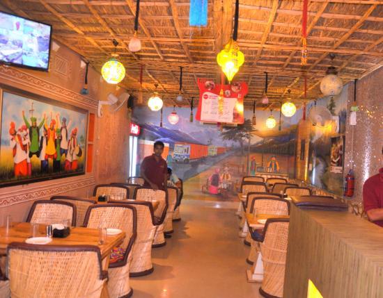shahi kake di hatti jaipur restaurant reviews phone. Black Bedroom Furniture Sets. Home Design Ideas