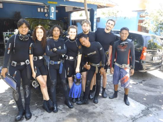 Tulamben, Indonesia: happy diver