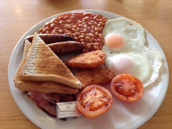 Dunkirk, UK: My breakfast at Sheila's. Hot n Tasty!