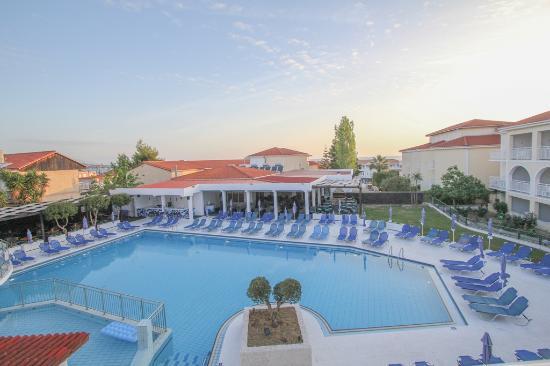 Diana Palace Hotel: Swimming pool
