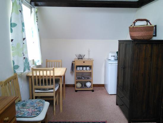 Crickhowell, UK: B&B Apartment Dining Room