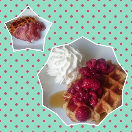The Green Frog Cafe and Tea Room: waffles with various toppings