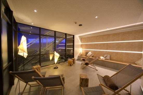 Hotel Central Hof . Partner of SORAT Hotels: Ruhebereich der Panoramasauna