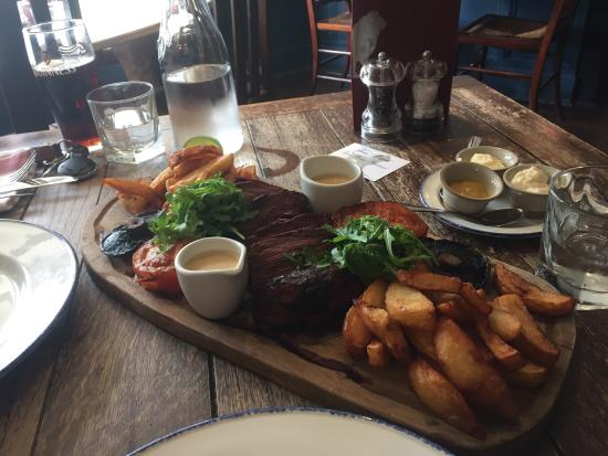 Tenterden, UK: Superb meal yesterday. The best chips we have ever had!