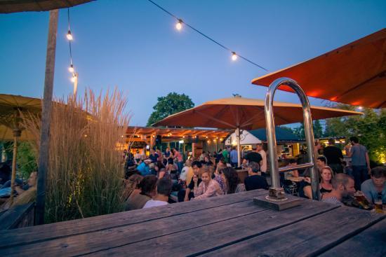 Hinterhof Dachterrasse Basel Restaurant Reviews Photos